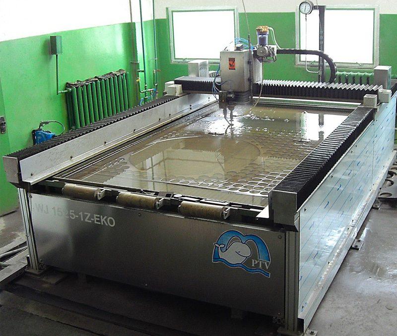 Гидроабразивная установка фирмы PTV (Чехия) 2515B-1Z-EKO
